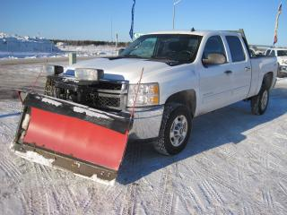 Used 2014 Chevrolet Silverado 2500 LT W/Plow for sale in Thunder Bay, ON