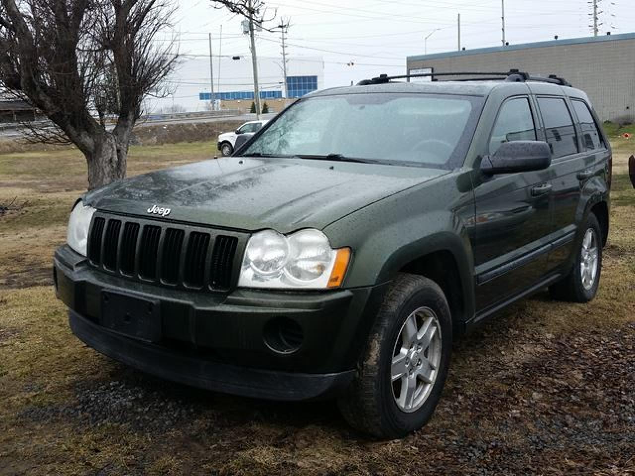 Photo of Green 2007 Jeep Grand Cherokee