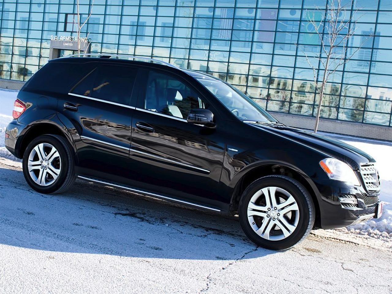 Photo of Black 2011 Mercedes-Benz ML 350