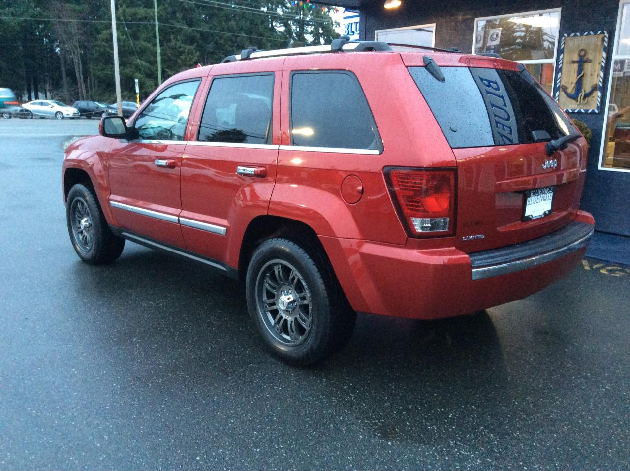 used 2010 jeep grand cherokee limited for sale in parksville british columbia. Black Bedroom Furniture Sets. Home Design Ideas