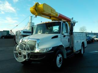 Used 2005 International 4300 Bucket Truck with Air Brakes for sale in Burnaby, BC