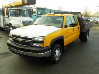 Used 2006 Chevrolet Silverado 3500 Work Truck Crew Cab Dually 9 Foot Flat Deck 2WD for sale in Burnaby, BC