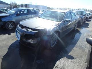 Used 2012 Chrysler 300 LTD for sale in St-Philibert, QC