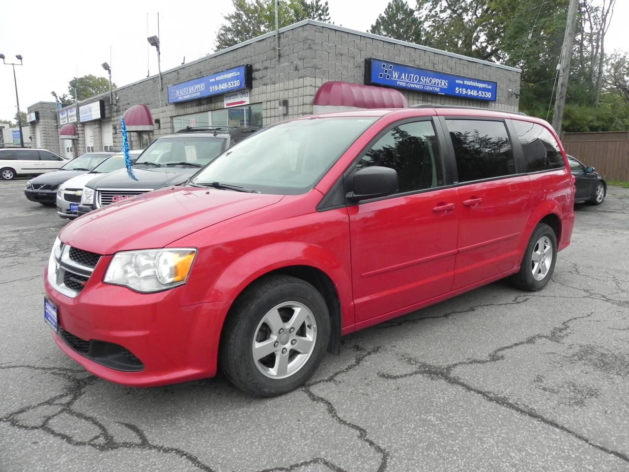 2012 Dodge Grand Caravan SXT * REV CAM * NAV * PWR SLIDING DOORS