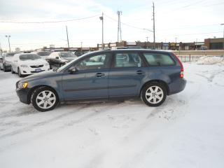 Used 2006 Volvo V50 2.4L Auto SUNROOF NO ACCIDENT SAFETY A/C PW PL PM for sale in Oakville, ON