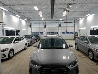 Used 2017 Hyundai Elantra LIQUIDATION L man 18212$- 4217$ =13995$ for sale in Chambly, QC