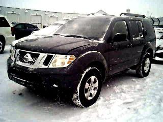 Used 2010 Nissan Pathfinder SE 4WD, 7 PASS, Accident-Free for sale in North York, ON