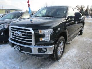 Used 2016 Ford F-150 'LIKE NEW' LOADED XLT MODEL 5 PASSENGER 5.0L - V8.. 4X4.. CREW.. SHORTY.. NAVIGATION.. HEATED SEATS.. BACK-UP CAMERA.. POWER PEDALS.. for sale in Bradford, ON
