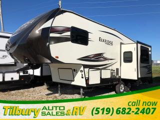 New 2017 HEARTLAND Elkridge Xtreme Light E255 DINETTE. PULLOUT COUCH. FIFTH-WHEEL for sale in Tilbury, ON