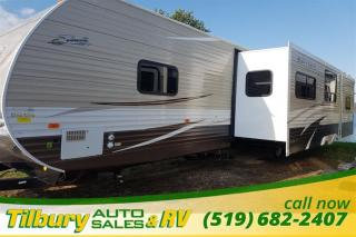 New 2017 Forest River SHASTA REVERE 33BH TRAVEL-TRAILER OUTDOOR KITCHEN for sale in Tilbury, ON
