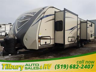 New 2017 Gulf Stream CHAMPAIGN GULF BREEZE TRAVEL TRAILER 32TSI TRAVEL-TRAILER for sale in Tilbury, ON