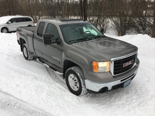 Used 2007 GMC Sierra 2500 SLT Duramax Diesel Only 91400 km for sale in Perth, ON