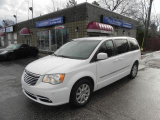 Used 2015 Chrysler Town & Country Touring * POWER SLIDING DOORS * REV CAM for sale in Windsor, ON