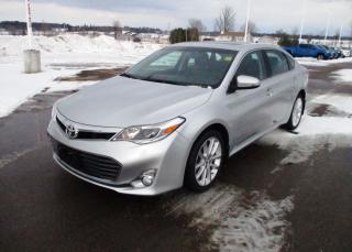Used 2013 Toyota Avalon XLE for sale in Renfrew, ON
