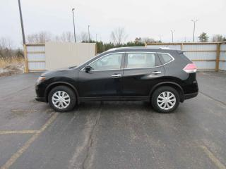 Used 2014 Nissan Rogue S AWD for sale in Cayuga, ON