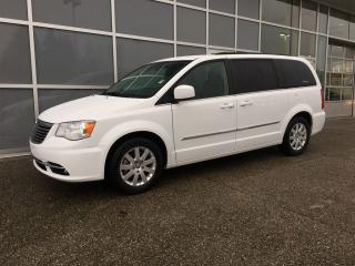 Used 2015 Chrysler Town & Country Touring / NO ACCIDENT LOCAL BC VAN for sale in Surrey, BC