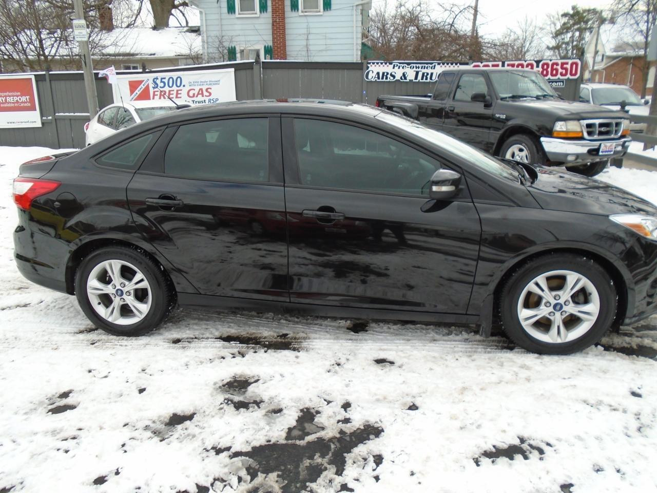 "2013 Ford Focus SE""Internet Sale "" $500 Rebate"
