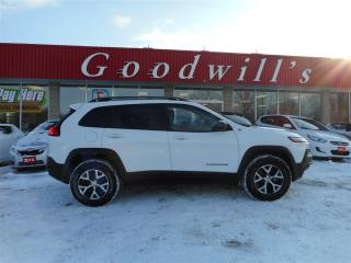 Used 2016 Jeep Cherokee TRAIL HAWK! HEATED LEATHER SEATS! BACKUP CAM! for sale in Aylmer, ON