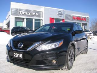 Used 2016 Nissan Altima 2.5 SV for sale in Timmins, ON
