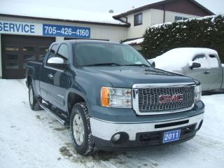Used 2011 GMC Sierra 1500 SLE ,Ex. Cab, 4X4 for sale in Beaverton, ON