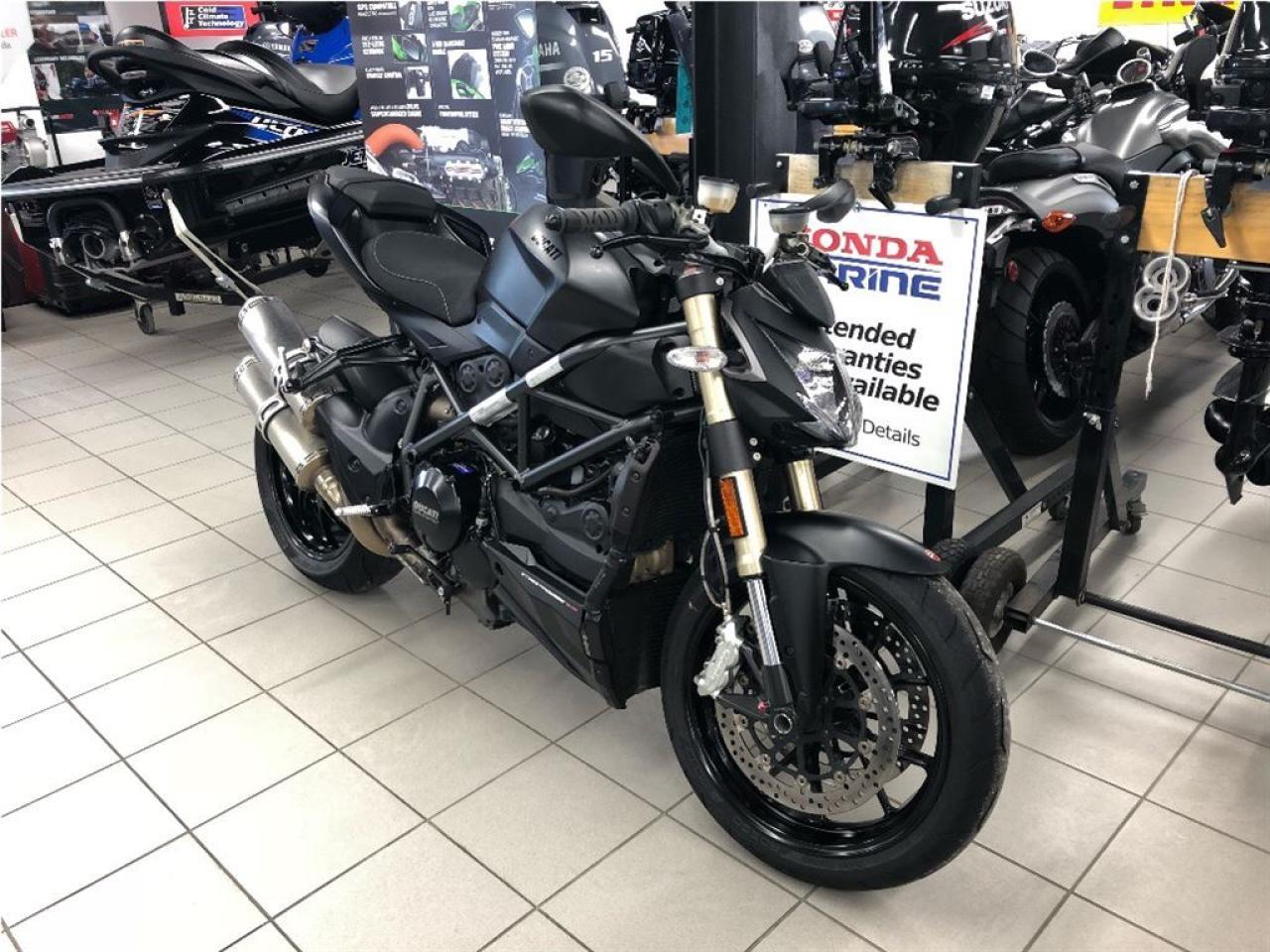 Photo of Black 2013 Ducati Streetfighter 848