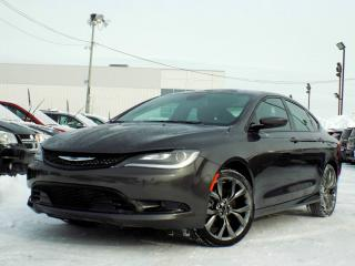 Used 2016 Chrysler 200 S *V6*CUIR*TOIT*GPS* for sale in Brossard, QC