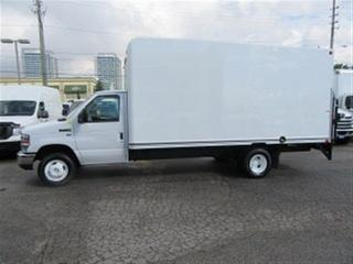 Used 2017 Ford E450 16 ft gas cube van with power rail gate lift for sale in Richmond Hill, ON