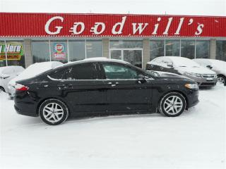 Used 2014 Ford Fusion SE! HEATED SEATS! NAVIGATION! BACKUP CAMERA! for sale in Aylmer, ON