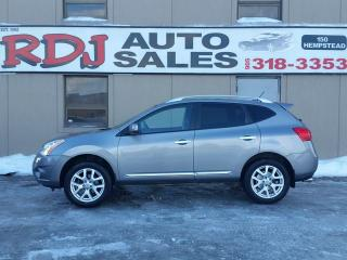 Used 2013 Nissan Rogue SV AWD ACCIDENT FREE for sale in Hamilton, ON