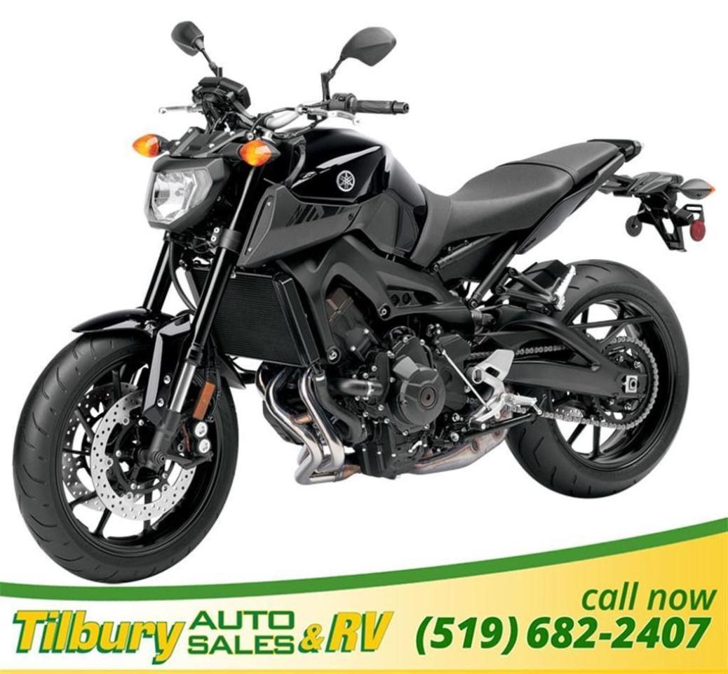 2016 Yamaha FZ-09 High powered roadster