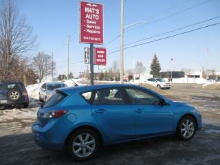Used 2011 Mazda MAZDA3 GX for sale in Waterloo, ON