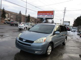 Used 2004 Toyota Sienna LE for sale in Scarborough, ON