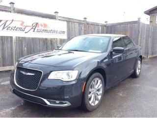 Used 2017 Chrysler 300 AWD for sale in Stittsville, ON
