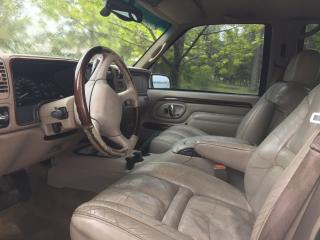Used 2000 Cadillac Escalade SUV for sale in Peterborough, ON