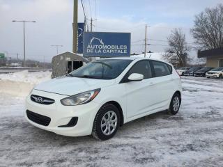 Used 2013 Hyundai Accent for sale in Chateau-richer, QC