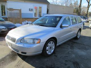 Used 2005 Volvo V70 2.4L for sale in Scarborough, ON