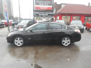 Used 2008 Nissan Altima HYBRID FUEL SAVER!! for sale in Scarborough, ON
