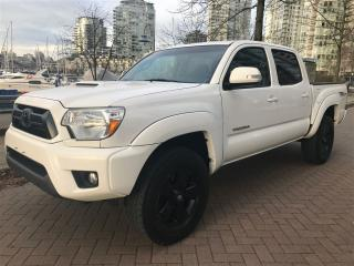 Used 2014 Toyota Tacoma 6SP MANUAL,LOCAL,NO ACCIDENT for sale in Vancouver, BC