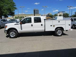 Used 2016 Ford F-350 Crew Cab 4x4 Gas with reading steel  service box for sale in Richmond Hill, ON