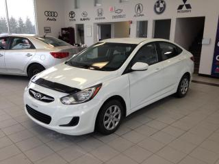 Used 2013 Hyundai Accent GL for sale in Sherbrooke, QC