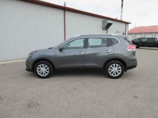 Used 2015 Nissan Rogue Sv FWD for sale in Cayuga, ON