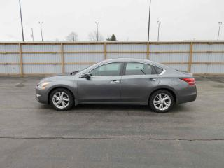 Used 2014 Nissan Altima SV FWD for sale in Cayuga, ON