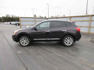 Used 2012 Nissan Rogue SV AWD for sale in Cayuga, ON