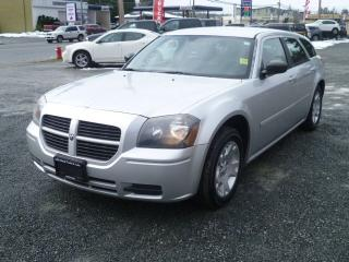 Used 2005 Dodge Magnum SE for sale in Parksville, BC