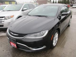 Used 2015 Chrysler 200 POWER EQUIPPED SE MODEL 5 PASSENGER 2.4L - DOHC.. KEYLESS ENTRY & START.. AUX/USB INPUT.. for sale in Bradford, ON