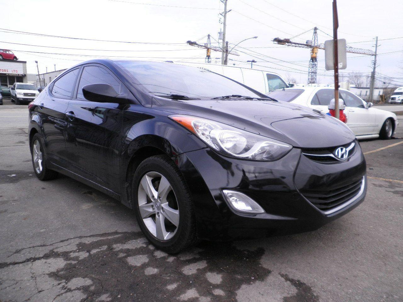 Photo of Black 2011 Hyundai Elantra