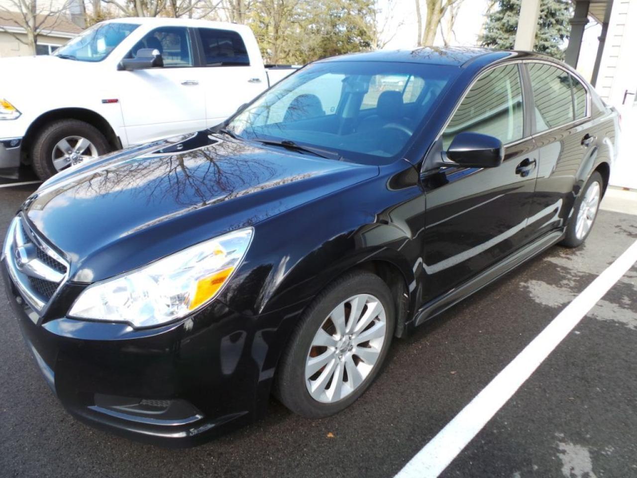 2011 Subaru Legacy 2.5i w/Limited & Nav Pkg