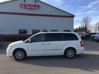 Used 2012 Chrysler Town & Country Limited for sale in Tillsonburg, ON