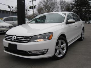 Used 2015 Volkswagen Passat 2.0 TDI COMFRTLINE ~DIESEL~116KMS~SUNROOF! for sale in Burlington, ON