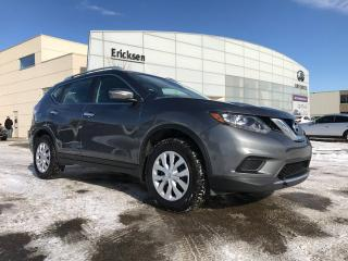 Used 2015 Nissan Rogue S/ALL WHEEL DRIVE/BACK UP CAMERA/ACCIDENT FREE for sale in Edmonton, AB